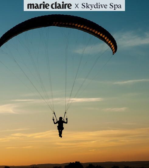 Le grand saut : remportez un saut en parachute pour 2 personnes au Skydive Spa !