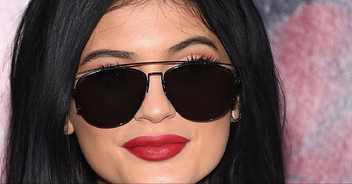 Rouge à lèvres mat: Joue-la comme Kylie Jenner