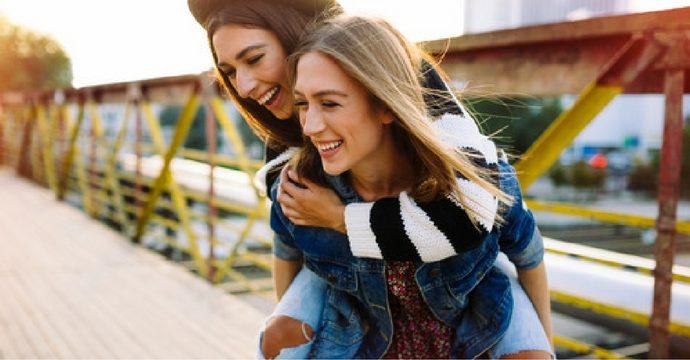 bucketlist 10 choses faire avec votre meilleure amie marie claire. Black Bedroom Furniture Sets. Home Design Ideas