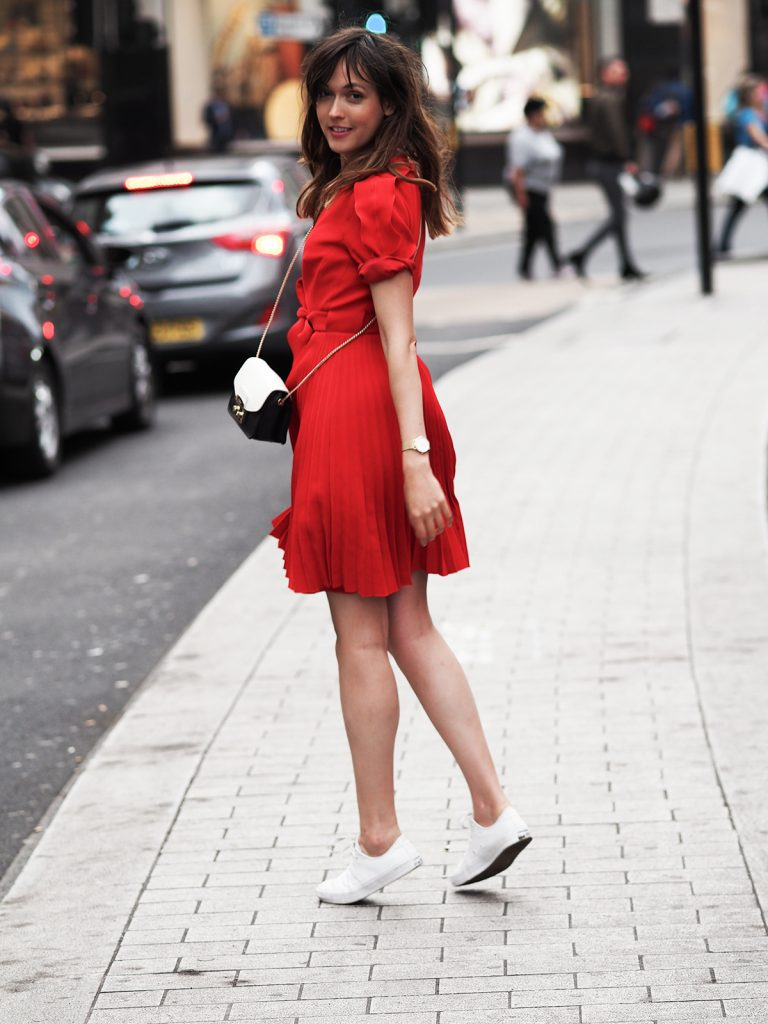 karen-millen-red-dress-converse-shoes-furla-bag-11