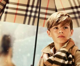 2048×1536-fit_romeo-beckham-campagne-burberry