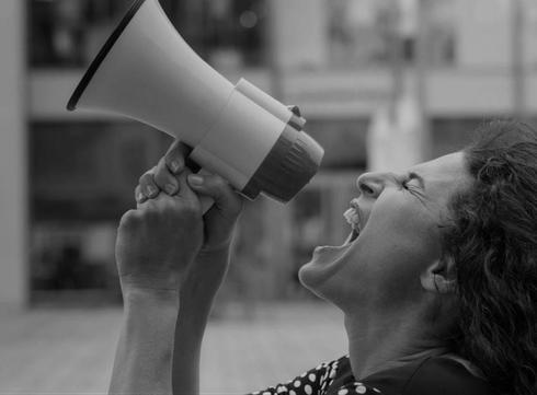 La campagne #NONauxViolencesFaitesAuxFemmes