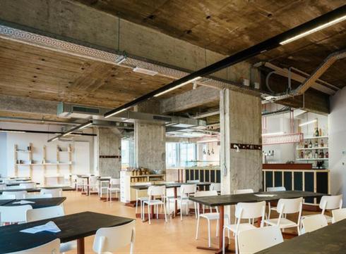L'Architecte à Flagey: pour boire, lire, manger et échanger