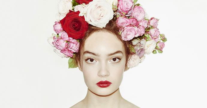 How to: La coiffure fleurie du défilé Dolce & Gabbana