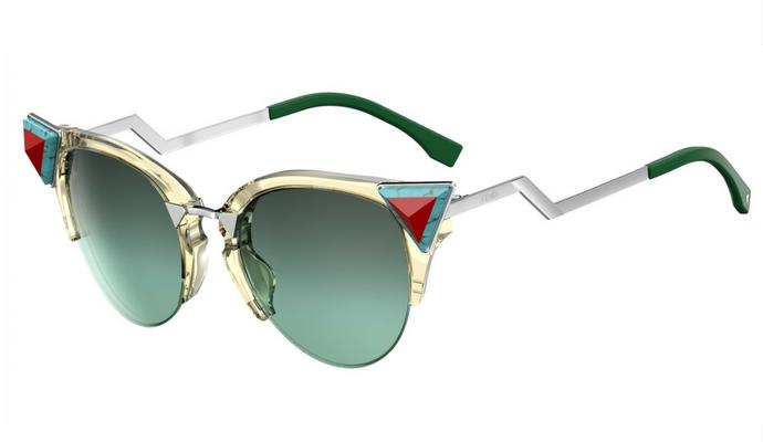 On veut toutes des lunettes de soleil de créateur - 11