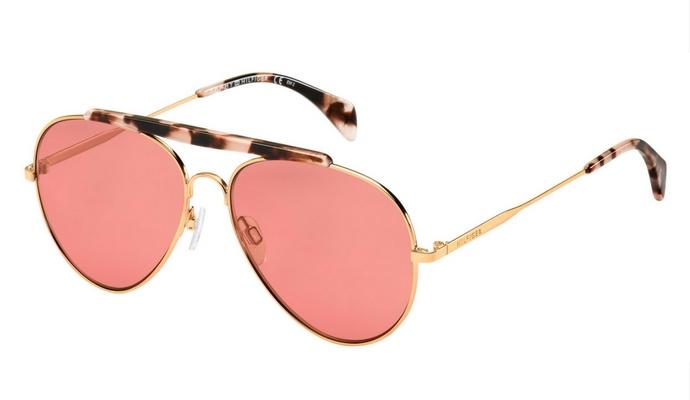 On veut toutes des lunettes de soleil de créateur - 12