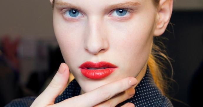 5 conseils pour faire tenir votre rouge à lèvres plus longtemps - 2