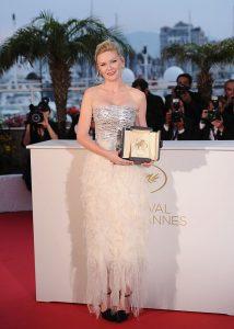 Le Festival de Cannes en 13 robes emblématiques - 10