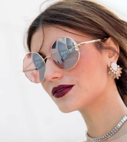 Accessoires: 8 lunettes de soleil effet miroir