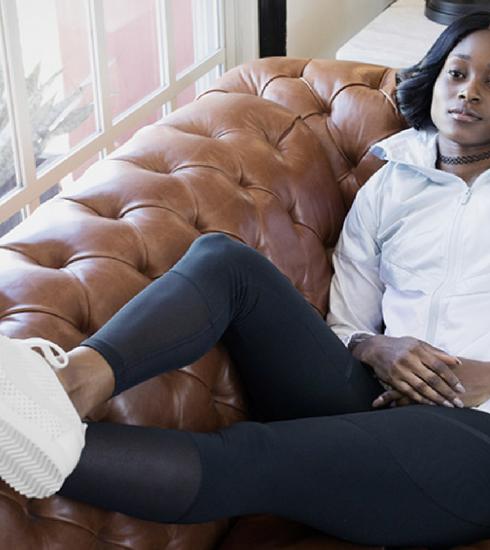 La nouvelle collection Nike Beautiful x Powerful célèbre l'athlète Elaine Thompson