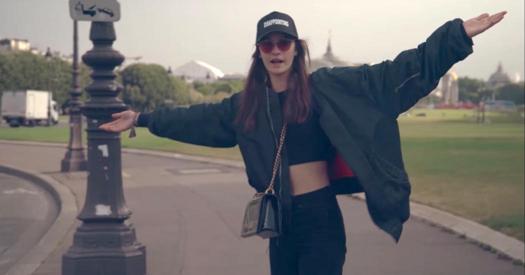 La vidéo décalée de Ratner dans les coulisses du défilé Dior