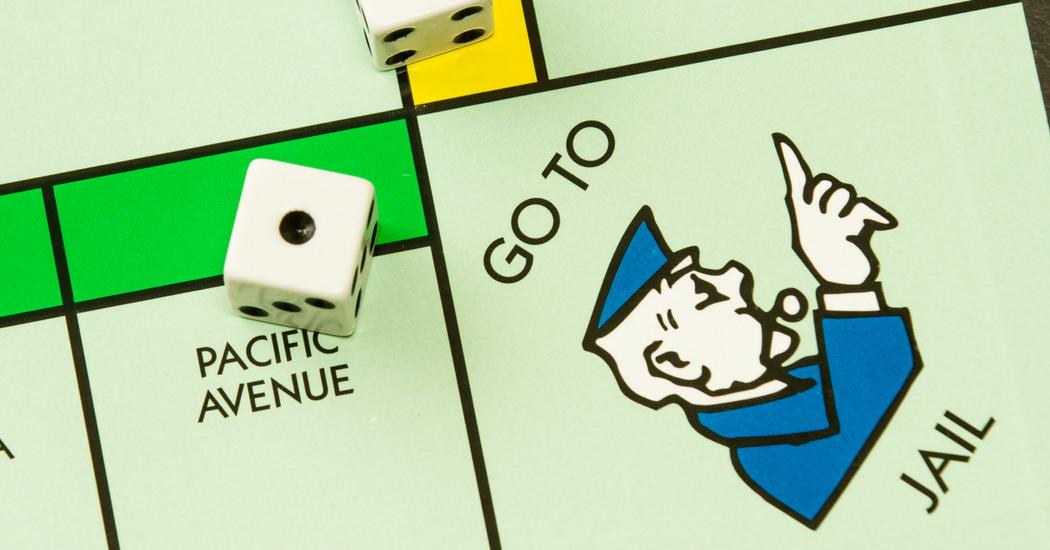 Arrêté par la police, il tente la carte «sortie de prison» du Monopoly