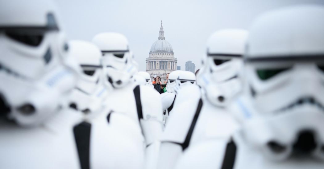 Les princes William et Harry dans le prochain Star Wars, vrai ou faux?