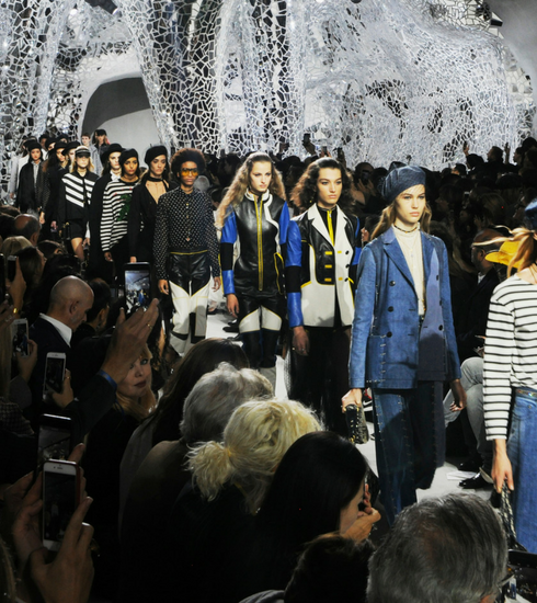 Paris Fashion Week: c'était comment le défilé Dior?