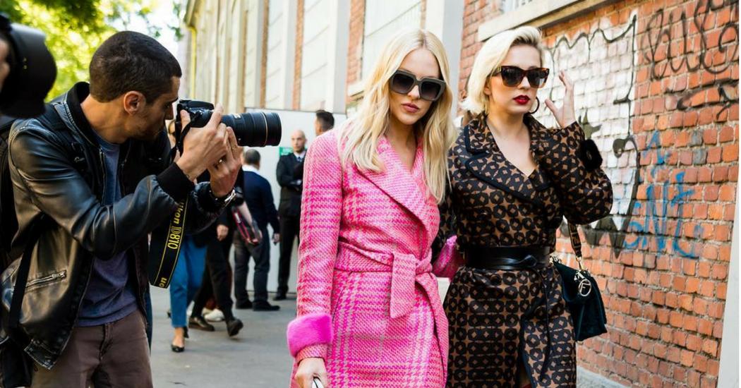 #NoFreePhotos : les photographes de street style se dressent contre les influenceuses