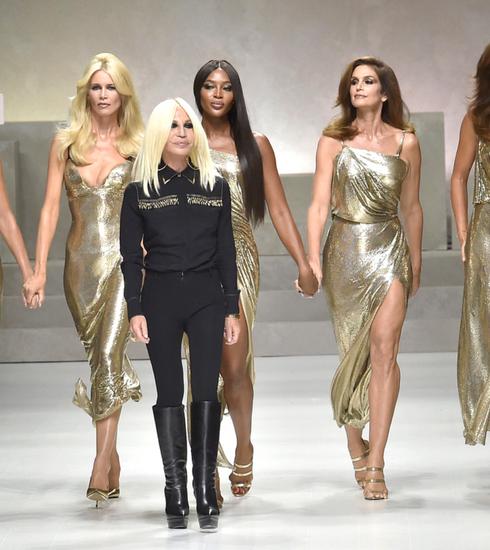 Donatella Versace nous offre le moment le plus glamour la la Fashion Week de Milan