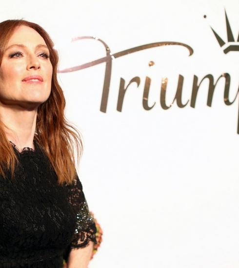 Rencontre avec Julianne Moore, l'égérie de la nouvelle collection Florale de Triumph Lingerie