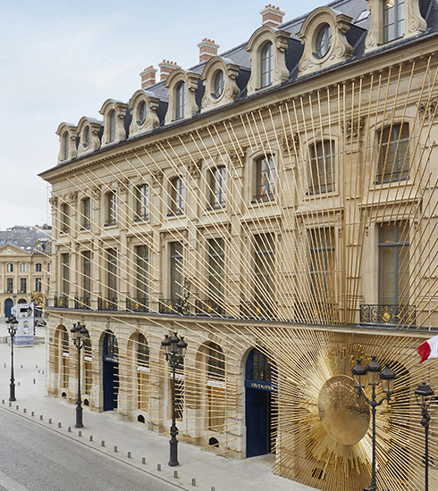 Louis Vuitton prend ses quartiers sur la place Vendôme