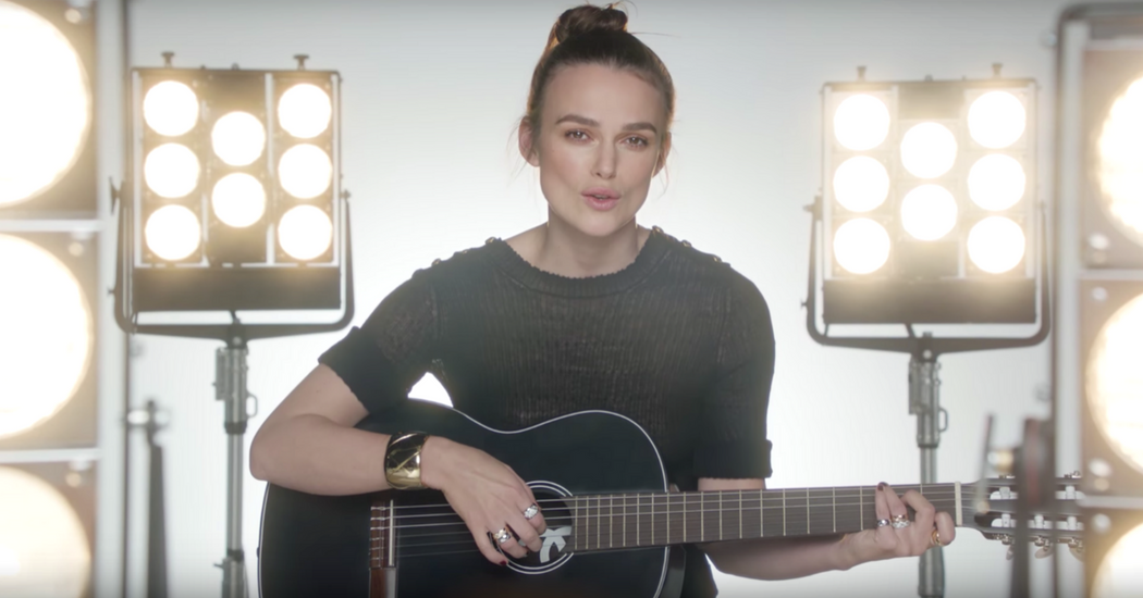 Keira Knightley musicienne pour Coco Chanel