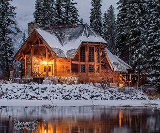 marieclaire_chalet_ian-keefe_unsplahs