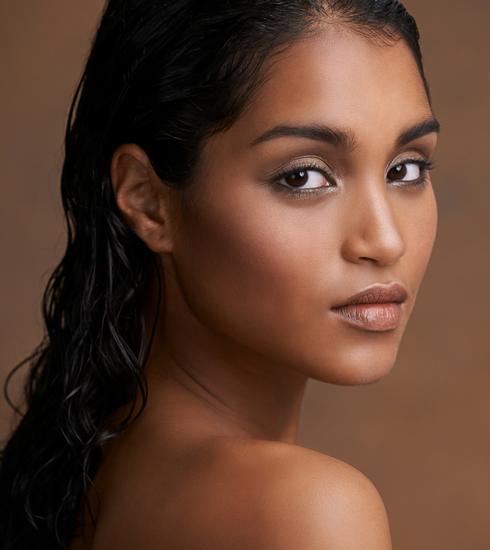 Vitamines et nutriments essentiels pour une jolie peau: notre liste complète