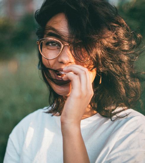 Comment bien choisir vos lunettes de vue en fonction de votre visage