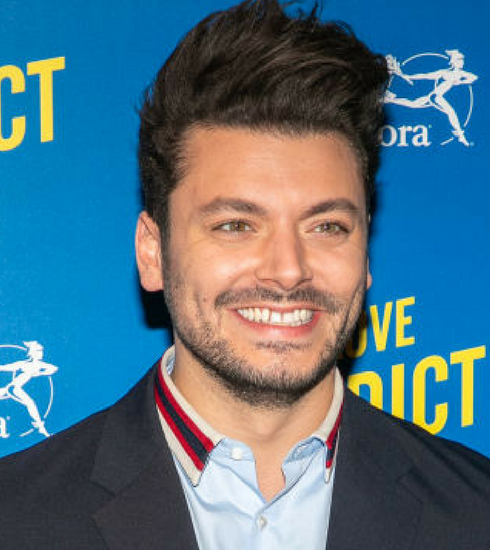 Kev Adams: notre interview exclusive à l'occasion de son nouveau film « Love Addict »