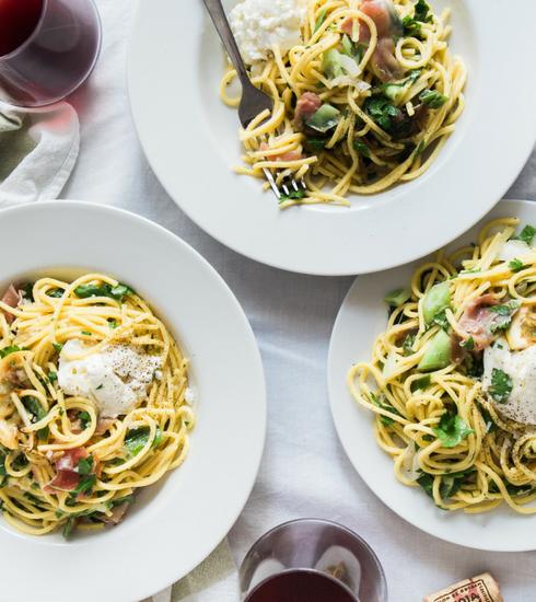 91% des Belges partageraient volontiers un spaghetti en compagnie de…