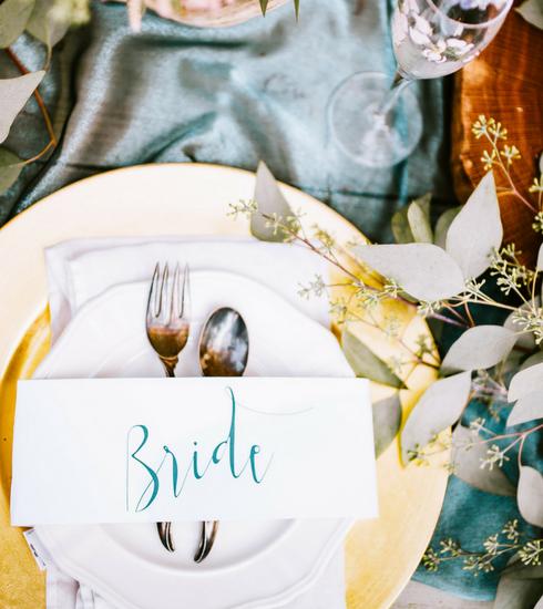 Mariage : 4 conseils pour réaliser une table d'honneur à son image
