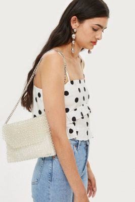 Crush de l'été: le sac fait de petites billes sera notre allié 150*150