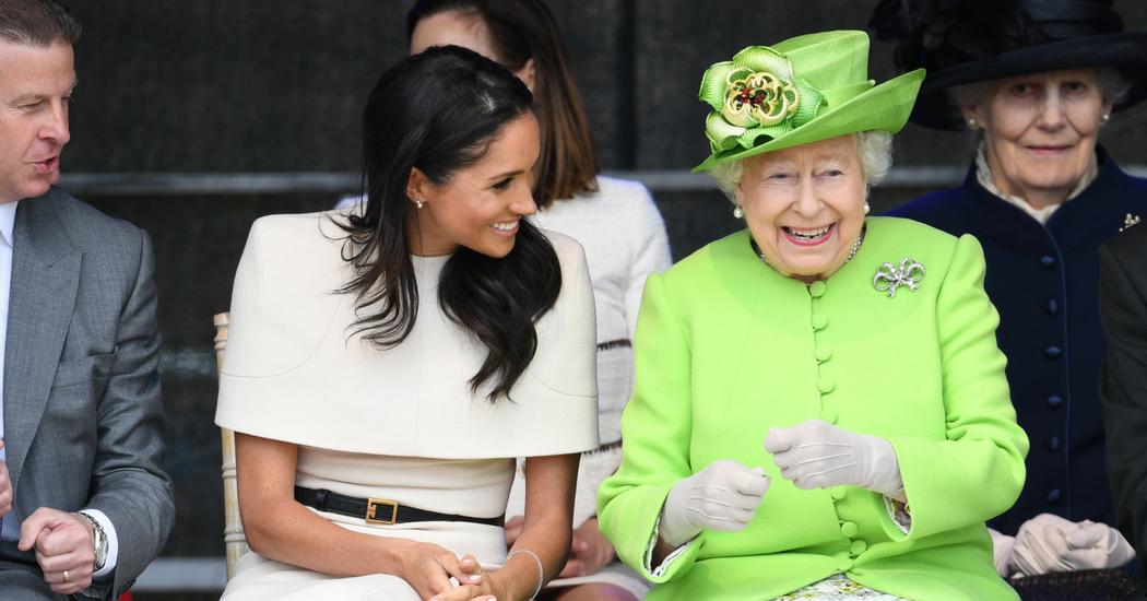 Un expert en langage du corps a analysé la relation entre Meghan Markle et la reine