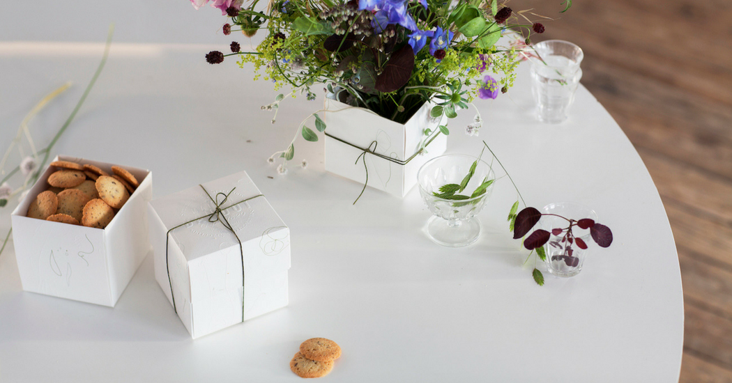 Crush of the day: la Flower Box Maison Dandoy x Thierry Boutemy
