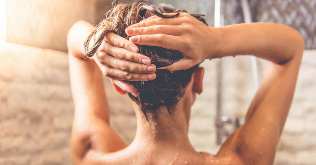 9 habitudes insolites des Belges sous la douche