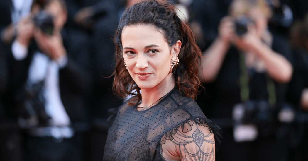 marieclaire-asia-argento-accusee-agression-sexuelle-me-too-cover