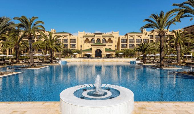 Piscine de l'hôtel Mazagan beach resort au Maroc