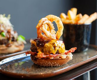 marieclaire_floyds_burger