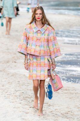 Paris Fashion Week : le défilé pieds nus de Chanel 150*150