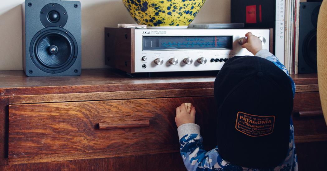 Une histoire et au lit : 3 podcasts pour enfants à découvrir d'urgence