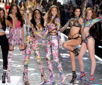 marieclaire_victorias_secret_fashion_show