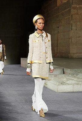 Retour sur le défilé pharaonique de Chanel et ses métiers d'art à New York 150*150