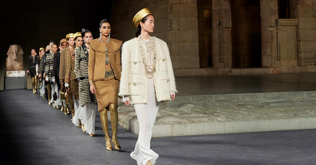 Retour sur le défilé pharaonique de Chanel et ses métiers d'art à New York