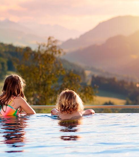 Vacances en famille : 6 hôtels kids-friendly à découvrir avec votre tribu