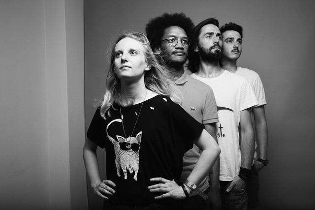 Rencontre aquatique avec Requin Chagrin pour la sortie de leur deuxième album, Sémaphore - 2
