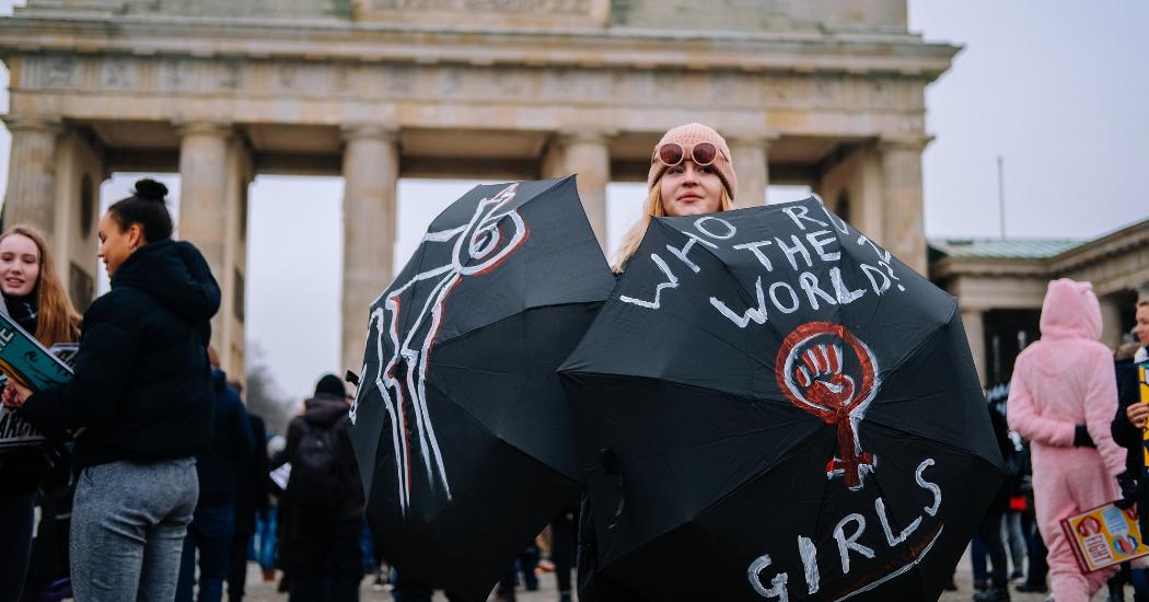 Le 8 mars devient un jour férié à Berlin, et on ne sait pas si on doit être contentes