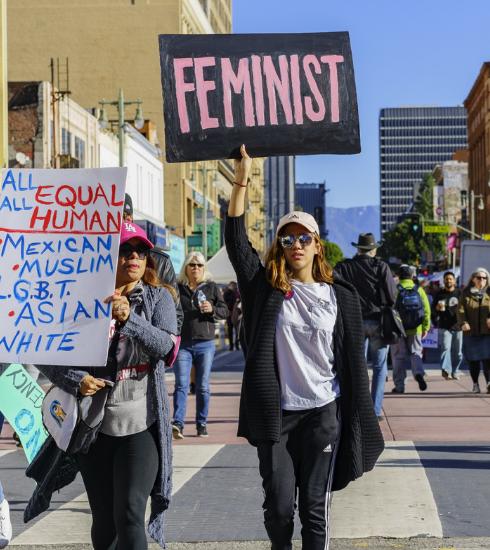 Pourquoi le violet comme couleur représentative des féministes ?