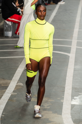 ensemble off white fluo de sport