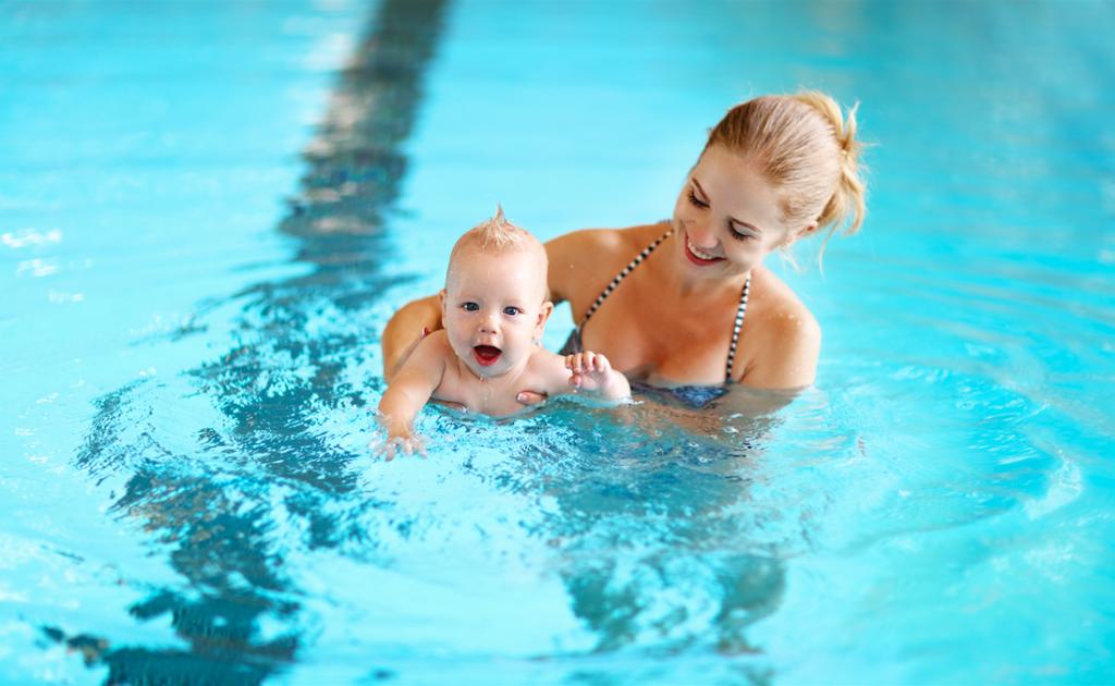 faire de la natation avec son bébé