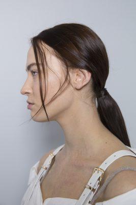 Les tendances coiffures repérées sur les défilés de la Fashion Week de Paris 150*150