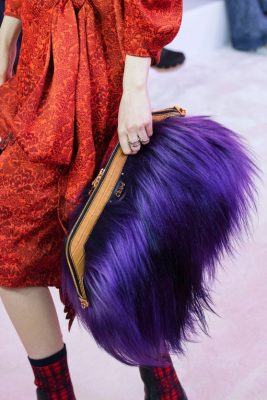 Paris Fashion Week : retour sur le défilé Chloé et l'hommage à Karl Lagerfeld 150*150