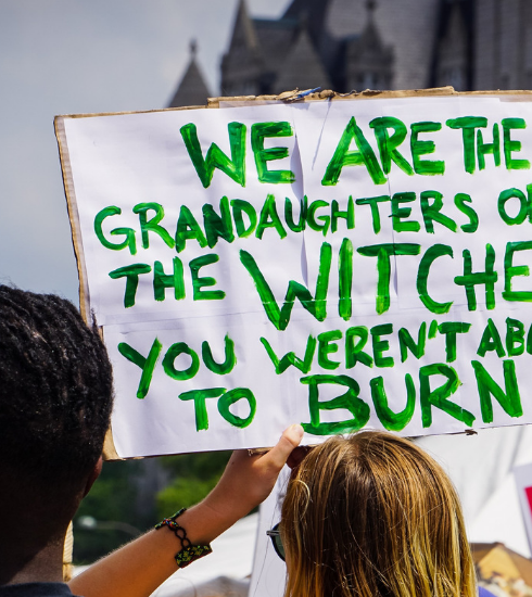8 mars : la sorcière, icône féministe depuis la nuit des temps